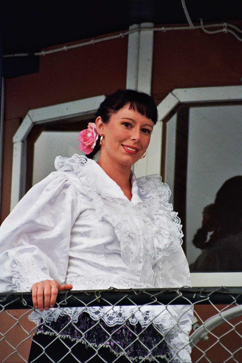 Kaunis Veera, Mire Seppälä Prinsessa Armaadan komentosillalla.